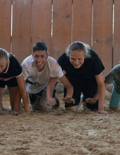 Gruppe im Sand 93